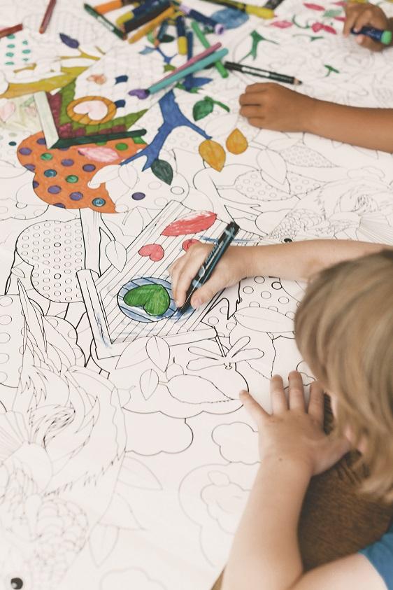 Kleurplaten Baby Spullen.Persbericht Persbureau Supergrote Kleurplaten Van Kek Amsterdam