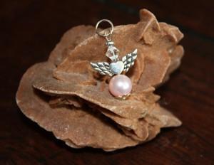 Engeltjes hangertje rosaline - Bianca's Engeltjes Sieraden