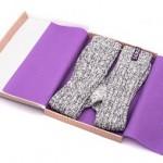 Sokken SOXS paars met antislip - verpakking open - www.soxs.co