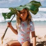 Beach & Bandits collectie - UV-badpak Aloha regenboog - uv-fashions.nl