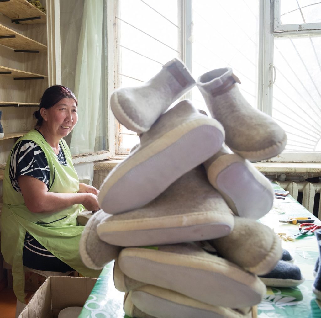 Geen koude voeten deze winter dankzij de nieuwe collectie vilten sloffen van esgii