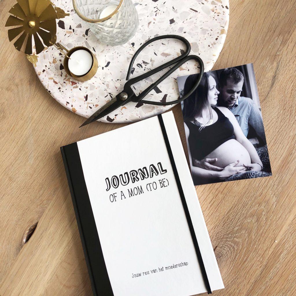 Mamadagboek 'Journal of a mom (to be)' - invulboek voor zwangerschap en moederschap 3 - ohmygoody.nl
