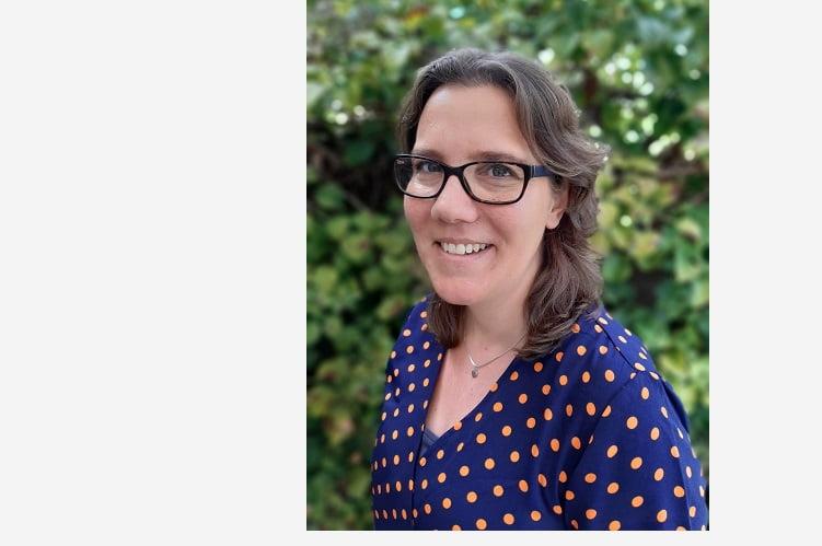 Elsbeth - eigenaar Pers-Wereld - pagina over ons