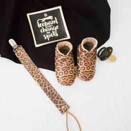 Baby Dutch Set Leopard ~2 - slofjes en speenkoord - baby-dutch.nl